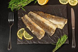 Обои Ножик Рыба Лимоны Сером фоне Вилки Жареные