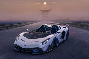 Фотография Ламборгини Родстер Белых 2020-21 SC20 автомобиль