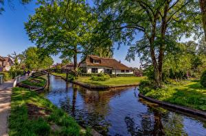 Фотографии Нидерланды Поселок Водный канал Деревьев Giethoorn