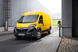 Фотография Opel Фургон Желтая Металлик Movano-e, 2021 Автомобили