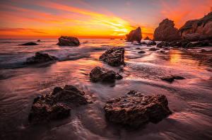 Обои для рабочего стола США Побережье Рассвет и закат Калифорнии Скалы El Matador beach Природа
