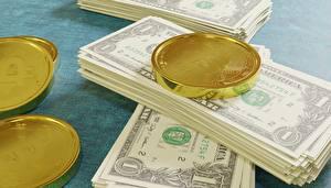Обои для рабочего стола Деньги Купюры Доллары Bitcoin Золотой 3D Графика