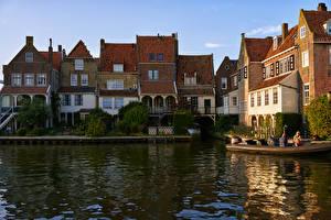 Фотография Голландия Здания Причалы Водный канал Enkhuizen