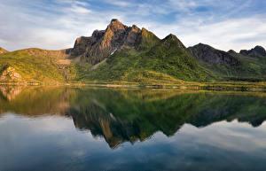 Фотографии Норвегия Гора Лофотенские острова Отражении Фьорд Stauren Природа
