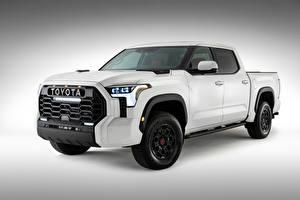 Фотографии Тойота Белый Металлик Пикап кузов Tundra TRD Pro CrewMax, 2021