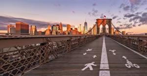 Обои США Мосты Дома Нью-Йорк Brooklyn Bridge Города картинки