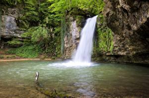 Обои Водопады Швейцария Скала Basel-Land, Zeglingen Природа картинки