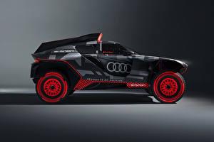 Фото Audi Сбоку RS Q e-tron, 2022 Автомобили