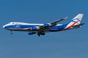 Фото Boeing Самолеты Пассажирские Самолеты Сбоку 747-400ERF, CargoLogicAir