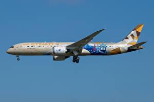 Обои Boeing Самолеты Пассажирские Самолеты Сбоку 787-9, Etihad Airways Авиация картинки