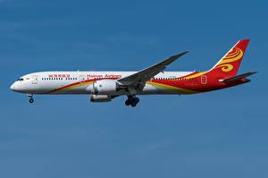 Обои Boeing Самолеты Пассажирские Самолеты Сбоку 787-9, Hainan Airlines Авиация
