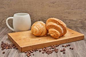 Фото Круассан Разделочная доска 2 Кружка Зерно Продукты питания