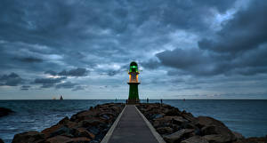 Картинки Германия Побережье Маяки Море Вечер Облако Warnemünde Природа