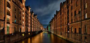 Картинки Германия Гамбург Дома Водный канал Wearhouse