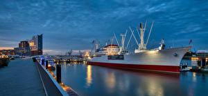 Фотографии Германия Гамбург Причалы Корабли