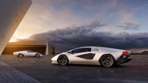 Картинки Lamborghini Серебристая Металлик Два Countach LPI 800-4, 2021