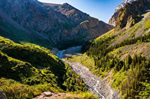 Фотографии Гора Парк Ручей Утес Ala Archa National Park, Kyrgyzstan Природа