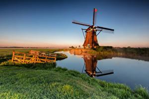 Обои Голландия Утро Мельница Водный канал Alblasserwaard Природа