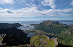 Фотографии Норвегия Лофотенские острова Гора Побережье Облака