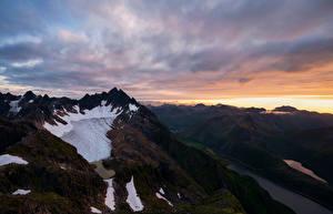 Фотографии Норвегия Лофотенские острова Горы Фьорд Облака Blåskavlen glacier