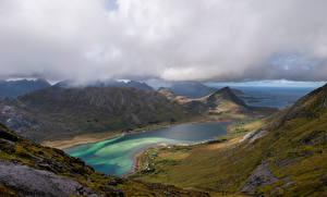 Фотография Норвегия Лофотенские острова Горы Облачно Фьорд Skjelfjorden Природа