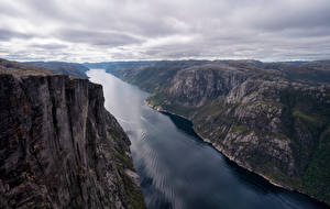 Обои Норвегия Горы Фьорд Облака Kjerag