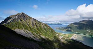 Обои для рабочего стола Норвегия Горы Лофотенские острова Облака Фьорд Sandsfjellet Природа картинки