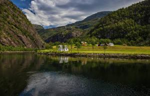 Картинка Норвегия Горы Пейзаж Река Mostraumen Природа