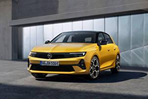 Обои Opel Желтая Металлик Astra Hybrid, (Worldwide), (L), 2021 Автомобили
