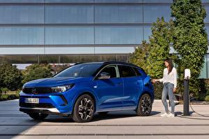 Фотография Opel Синих Металлик Гибридный автомобиль Grandland Hybrid4, (Worldwide), 2021 авто