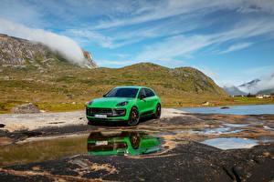 Обои Porsche Зеленая Металлик Macan GTS Sport Package, (Worldwide), (95B), 2021