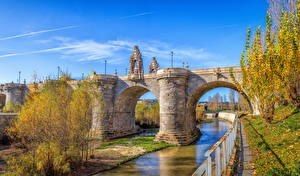 Обои Испания Мадрид Осень Речка Мост Скульптуры Уличные фонари
