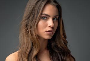Картинки Фотомодель Волосы Лицо Взгляд Шатенка Tiziana Di Garbo Девушки