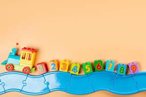 Фото Игрушка Поезда Цветной фон