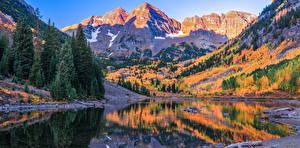 Фотография США Горы Осенние Речка Дерева Maroon Bells