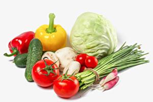 Картинки Овощи Капуста Помидоры Огурцы Редис Перец Грибы Зелёный лук Белый фон Еда