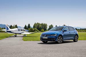 Обои для рабочего стола Volkswagen Синий Металлик Polo R-Line, (Worldwide), (Typ AW), 2021 машина
