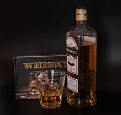 Фото Виски Стакан Бутылка Коробки bushmills