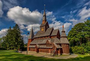 Обои для рабочего стола Германия Церковь Деревянный Hahnenklee город