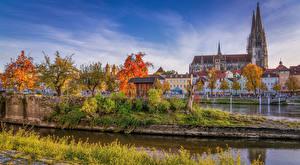 Фотография Германия Дома Реки Осень Храмы Бавария Regensburg город
