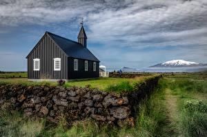 Обои Исландия Церковь Облачно Село Черная Búðakirkja город