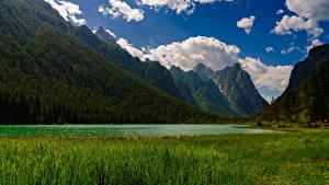 Фотографии Италия Горы Озеро Пейзаж Альп Облачно Lake Dobbiaco