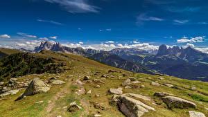 Обои для рабочего стола Италия Гора Камень Облачно Альп Val di Funes Природа