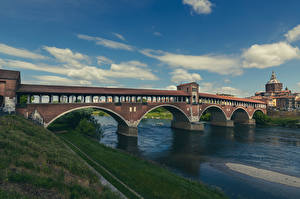 Обои Италия Реки Мосты Облака Pavia, Ponte Coperto Города картинки