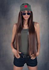 Обои Модель Шорты Майке Волос Кепка Очки Взгляд Justyna Luksza молодые женщины