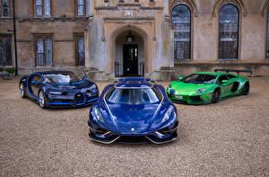 Фотографии Ламборгини BUGATTI Кенигсегг Втроем Спереди Синих Металлик Lamborghini Aventador, Koenigsegg Regera, Bugatti Chiron авто