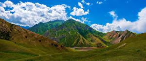 Фото Гора Озеро Панорамная Облачно Kolduk Lakes, Kyrgyzstan
