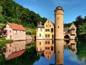 Картинка Река Замки Германия Башня Отражении Mespelbrunn Castle, Alsava River