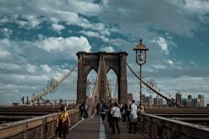 Картинка США Мосты Уличные фонари Нью-Йорк Brooklyn, Brooklyn Bridge Города